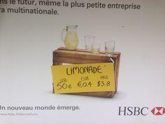 Bank wil zich binden aan kleine ondernemers. Vertaling: Voor de toekomst, kleine bedrijven en multinationals. Een nieuwe wereld komt op.