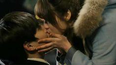 10 Celebridades que tuvieron su primer beso en un Drama Coreano ~ Viajando por…