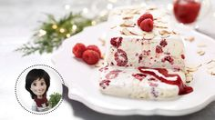 Glazed raspberry terrine from Josée di Stasio Light Desserts, Fancy Desserts, Summer Desserts, Dessert Simple, Cinnamon Ice Cream, Biscuit Cake, Xmas Food, Toasted Almonds, Cold Meals