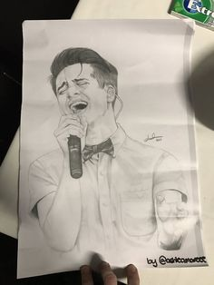 Brendon Urie (@brendonurie)   Twitter<<Omgg thats so good! <3
