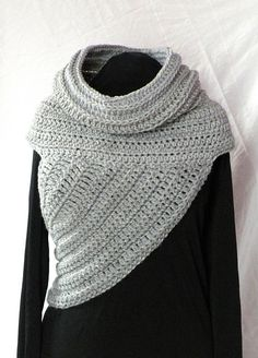 Ravelry: Huntress Cowl Vest pattern by Jazodee Studio - totally want one of these!