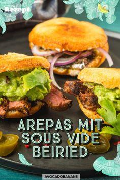 Arepas mit Sous Vide Beiried - AvocadoBanane Guacamole, Avocado, Salmon Burgers, Food Inspiration, Ethnic Recipes, Roast Beef, 3 Ingredients, Beef, Easy Meals