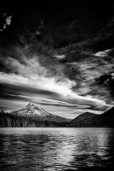 Mt. Hood · Lost Lake · Mt. Hood National Forest · Hood River · Oregon · USA    by Tula Top