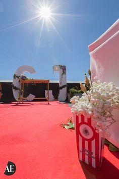 Ceremonias civiles Decoracion cine con cajas de palomitas personalizadas Letras gigantes decoración
