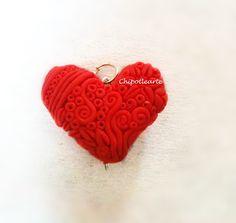 corazón, 100% artesanal, arcilla polimerica, puedes personalizar el tuyo eligiendo colores, detalles y tamaño, siguenos por facebook: www.facebook.com/ChipotlearteMexico hacemos envíos a TODO EL MUNDO #polymer #clay #handmade  ship all over the world