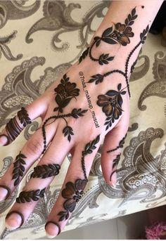 Pretty Henna Designs, Henna Tattoo Designs Simple, Floral Henna Designs, Henna Art Designs, Modern Mehndi Designs, Mehndi Designs For Beginners, Mehndi Design Photos, Latest Mehndi Designs, Mehndi Designs For Hands