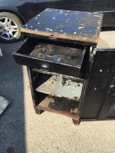 Stahlschrankl Vintage Loft Metallschrank Schrank Kommode Werkstat in Düsseldorf - Bezirk 4   Wohnwand gebraucht kaufen   eBay Kleinanzeigen