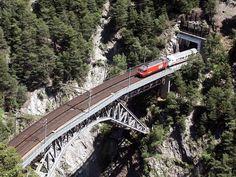 Panoramio - Photo of Bietschtal viaduct