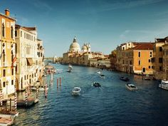 Beautiful #Venice! Now the ban for large cruishe ships is lifted, for better or worse..