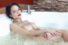 Angelina Petrova (+18)