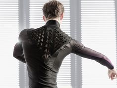 """This garment is printed with bacteria that react to your body heat. FASHION FABRIC THAT """"MORPHS"""" AND CHANGES ACCORDINGTO YOUR NEEDS  (TAG: INNOVATION; FABRIC TECH)"""
