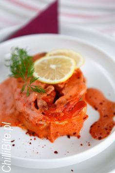 ChilliBite.pl - motywuje do gotowania!: Genialny łosoś pieczony w pomidorach i śmietanie