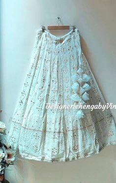 Indian Gowns Dresses, Indian Fashion Dresses, Indian Designer Outfits, Frock Fashion, Fashion Outfits, Wedding Lehenga Designs, Designer Bridal Lehenga, Lehenga Saree Design, Lehenga Choli