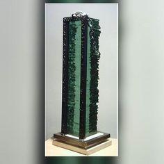 Encadenada. Dies ist die Galerie von Skulptur der chilenischen Künstler Soto