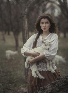 The Women inThese Photographs Should BeWorshipped Like Goddesses