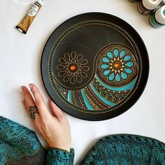 Wonderful mandala tray by Mandala Art, Mandala Drawing, Mandala Painting, Dot Art Painting, Ceramic Painting, Ceramic Art, Pottery Painting Designs, Pottery Designs, Thali Decoration Ideas