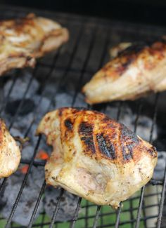 Carolina barbecue chicken puts traditional recipes on the run. Juicy, tender, full-flavored--it's true!