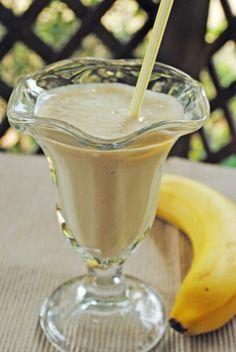 Bananas Foster Smoothie ~ June #CrazyCookingChallenge! | Juanita's Cocina