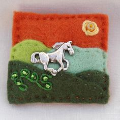Hand sewn horse - pony felt brooch - £7.00 + postage    www.elliestreasures.co.uk