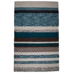 Zuiver, Norway vloerkleed. Gemaakt van wol. Het tapijt stelt Noorwegen voor met zijn hoge bergen en ruige natuur. De prijs is met een afmeting van 170x240 cm € 799,- https://www.flinders.nl/zuiver-norway-vloerkleed
