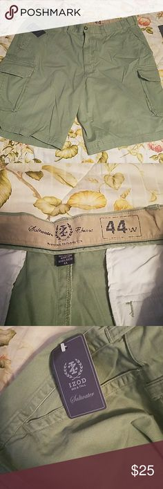 IZOD - Big & Tall - Cargo Shorts - Mens NWT - Saltwater Chinos with Extender Waist - IZOD Shorts Cargo