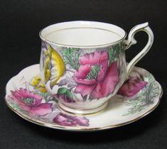Royal Albert Poppy Flower of the Month Teacup