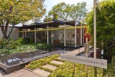 landscaping, modern house love