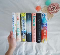 pretty spines by bookstoshelves
