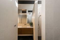 Modern Bathroom Luxury Home Bespoke Joinery