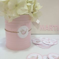 Pin by Nena Velasco on latas Baby Shower, Girl Shower, Tin Can Crafts, Diy And Crafts, Recycle Cans, Ideas Para Fiestas, Baby Party, Party Time, Decoupage