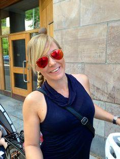 Lovisa Sandström www.lofsan.se i Ray-Ban Aviators flashlense från Synsam Ray Ban 3025, Aviators, Sunglasses Women, Ray Bans, Fashion, Eyeglasses, Moda, Fashion Styles, Fashion Illustrations