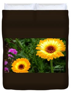 """Sunny day Queen (88"""" x 88"""") Duvet Cover"""