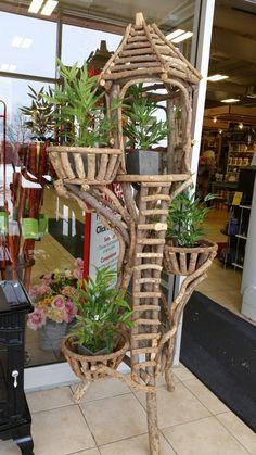 Twig Crafts, Driftwood Crafts, Willow Furniture, Garden Furniture, Gardening Websites, Vertical Garden Design, Grave Decorations, Bloom Where Youre Planted, Fairy Garden Houses