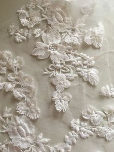Corded lace cream 110 cm sold by the meter