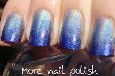 Blue Holo Gradient Mani