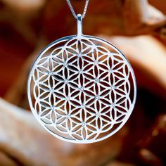Inlaid Flower of Life Pendant Silver (SOL Pattern) - Mathematical representation…