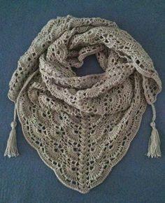 Chal triangular al Crochet (con patron) | Ideas para tejido y manualidades: