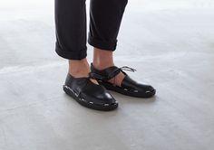 画像: 1/7【【動画】手で組み立てられる革靴を「プロエフ」が開発】