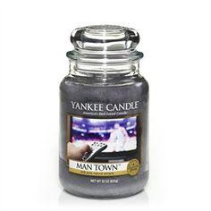 Mantown    Denna maskulina doft med en blandning av kryddor, skog och mysk.     ManCandles är en Limitied Edition serie från Yankee Candle. Finns endast i Large Jar med 150 tim brinntid.