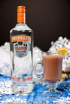 Hot Chocolate Creamsicle with oz Smirnoff Orange Flavored Vodka and 8 oz hot chocolate. Prepare your favorite hot chocolate in a mug according to the package instructions. Add vodka and stir. Vodka Drinks, Non Alcoholic Drinks, Party Drinks, Fun Drinks, Yummy Drinks, Beverages, Cocktails, Shot Recipes, Drink Recipes