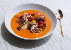 This is Anthony Sasso's superlative version of gazpacho, which he serves at the Tapas Bar at La Sirena. Amped up with stone fruit, summer berries, chiles, an. Wine Recipes, Soup Recipes, Yummy Recipes, Gazpacho Soup, Mario Batali, Tapas Bar, Italian Pasta, Recipe For 4, Salads