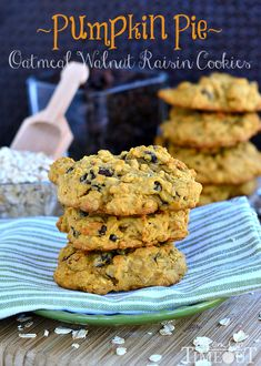 Pumpkin Pie Oatmeal Walnut Raisin Cookies from MomOnTimeout.com | The flavors of Fall all in a cookie!  #cookie #recipe #pumpkin