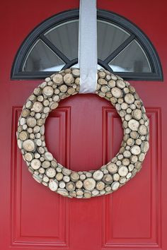 diy kinda girl: Rustic Wood Wreath