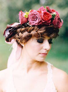 dramatic bridal makeup - photo by Milton Photography http://ruffledblog.com/blooming-wedding-inspiration