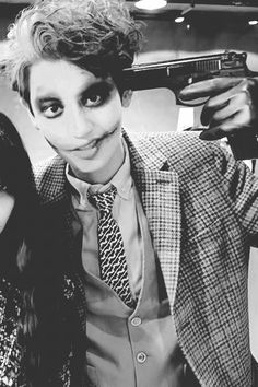 110114-ChanYeol Holloween Make-Up   Instagram Update