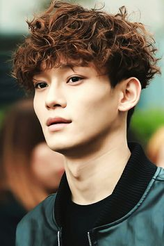 Curly haired Chen