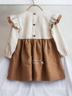 Kids Dress Wear, Little Girl Dresses, Girls Dresses, Vintage Baby Dresses, Vintage Baby Clothes, Baby Girl Fashion, Fashion Kids, Baby Kids Clothes, Trendy Baby Girl Clothes