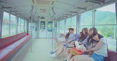 K-Pop: Love Whisper - GFRIEND [Review]