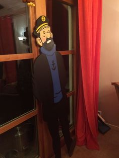 DIY Captain Haddock - will soon be equipped with led lamps on the back and placed along a wall