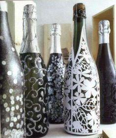 Oggetti di vetro decorati - Bottiglie decorate per Natale